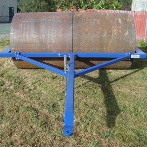 MODEL T3025 Field Roller