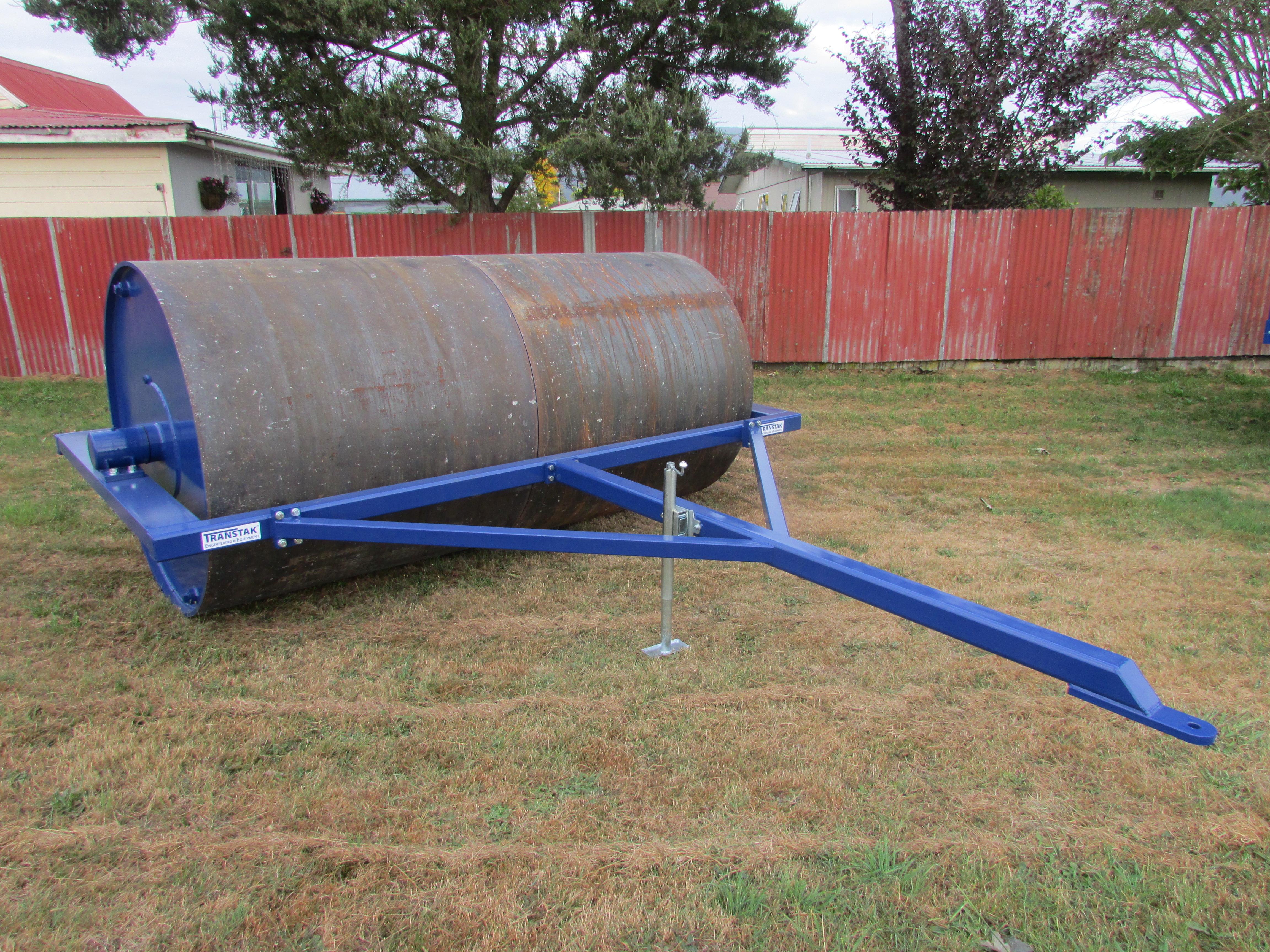 Model T3020 Field Roller